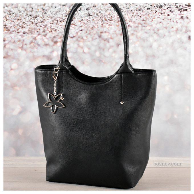 Дамска чанта в черно 2519