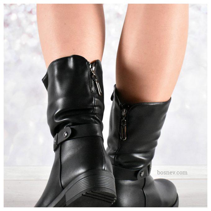 Зимни дамски ботуши в черно