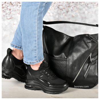 Дамски спортни обувки в червно в комплект с чанта