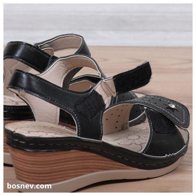 Дамски сандали в черно 9064-1