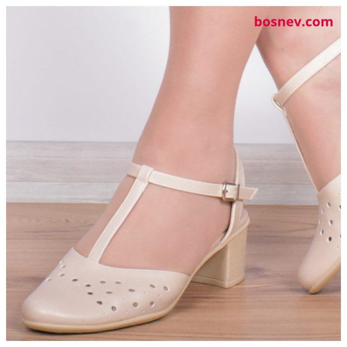 Дамски сандали в бежово 224-2