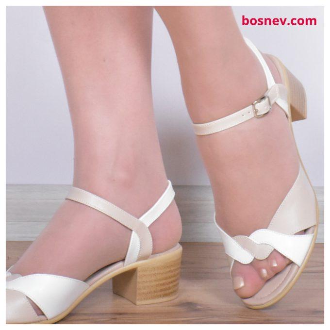 Дамски сандали в бяло и бежово 161