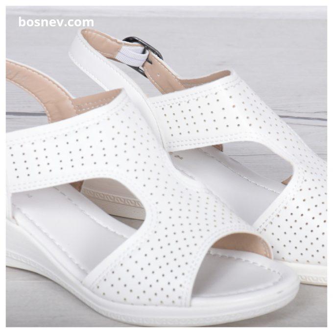 Дамски сандали в бяло 116-1